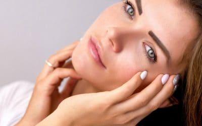 Na czym polega oczyszczanie twarzy w gabinecie kosmetologicznym?